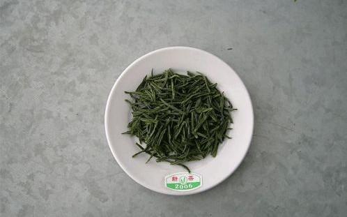 普遍采用镀锌铁皮茶桶包装